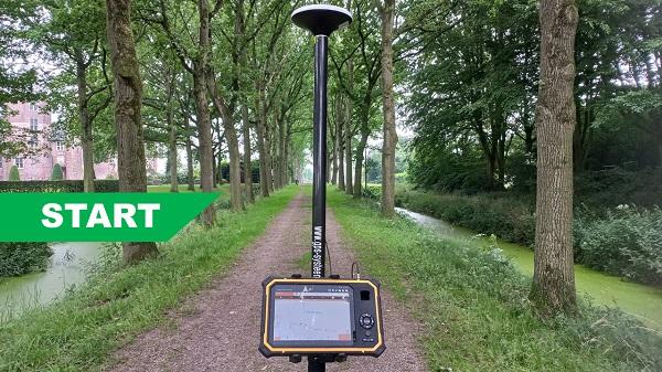 Compleet Start GPS systeem in laan